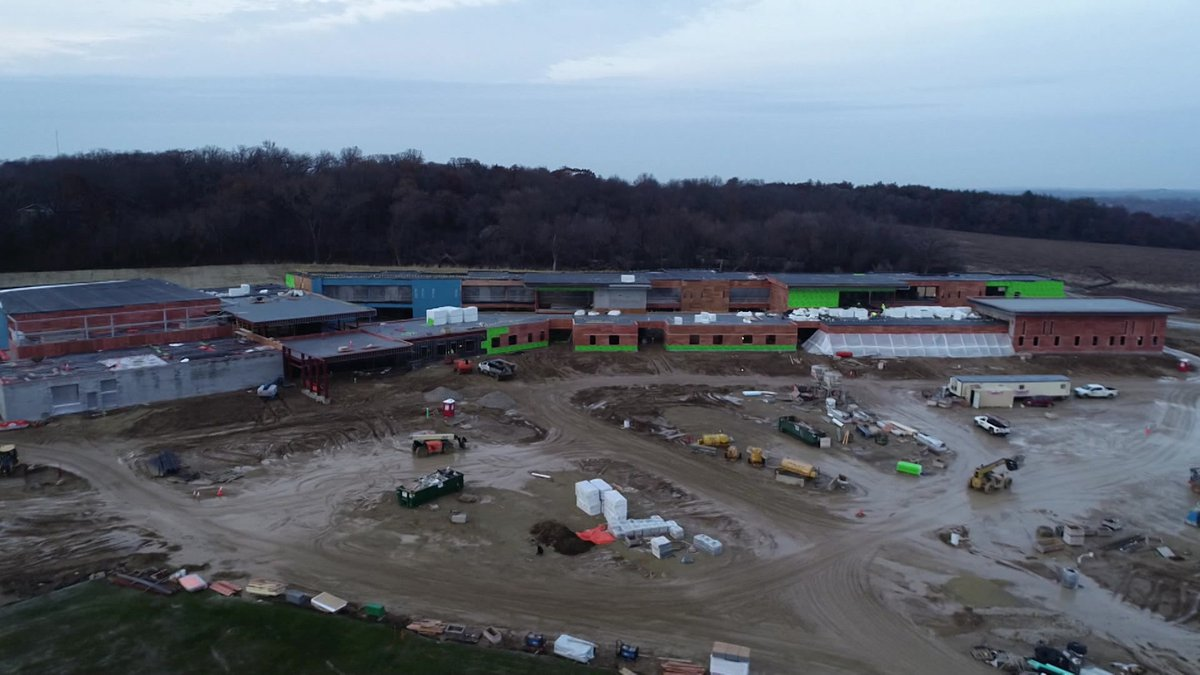 A drone capture of Forest Edge Elementary. (Courtesy of Oregon School District)
