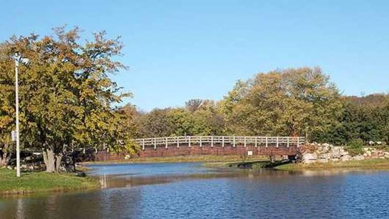 Henry Vilas Park (Source: Travel Wisconsin)
