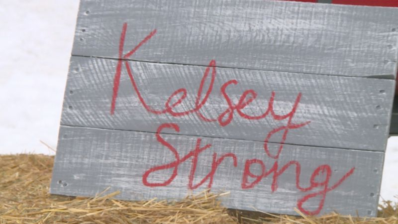 Kelsey Townsend is still fighting a severe case of COVID-19, weeks after giving birth.