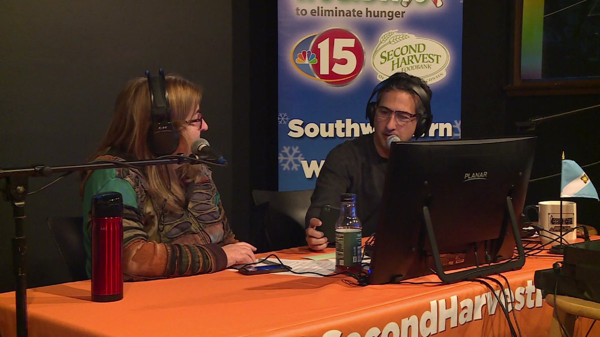 Jonathan and Kitty at the 2019 Request-athon to benefit NBC15 Share Your Holidays.
