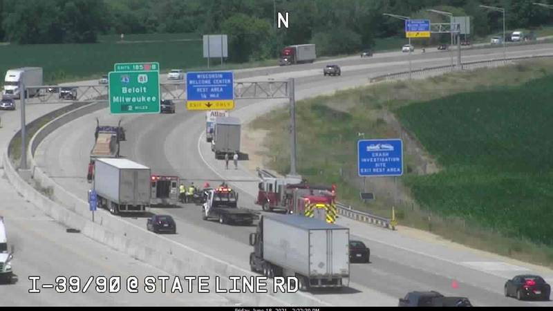 A crash near the Illinois-Wisconsin border has resulted in minor injuries Friday afternoon.