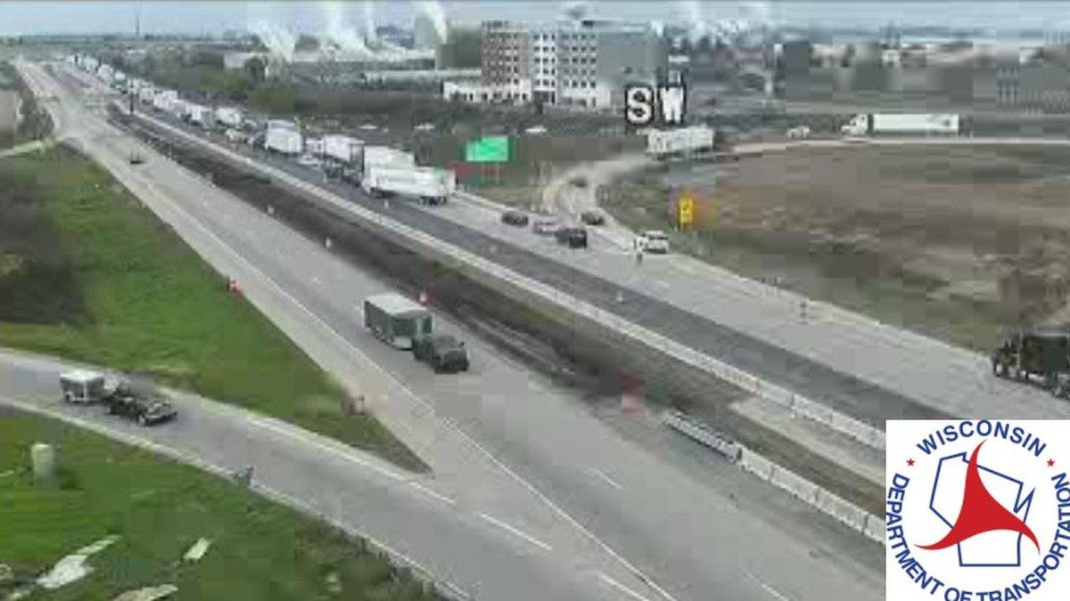 The crash on I-39/90 near Mile Marker 187 near Beloit. (Courtesy WIsDOT)