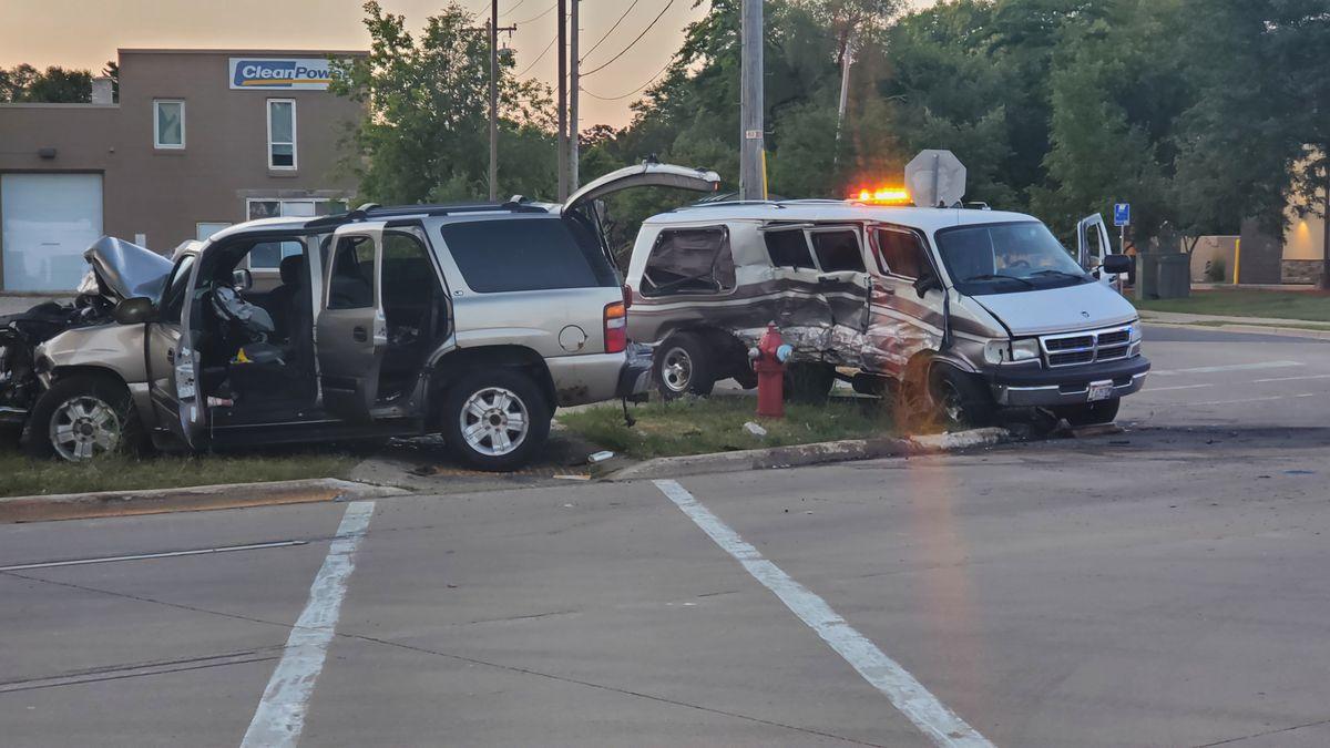 Crash on East Washington Avenue and Oak Street