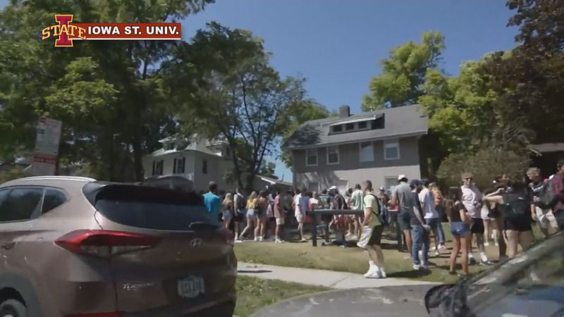 College Students gather for large parties before classes resume.