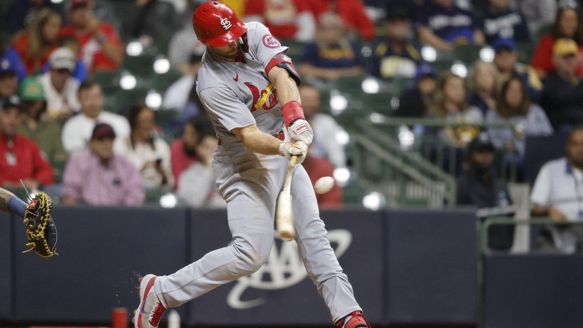 St. Louis Cardinals first baseman Paul Goldschmidt hits a two-run home run against the...