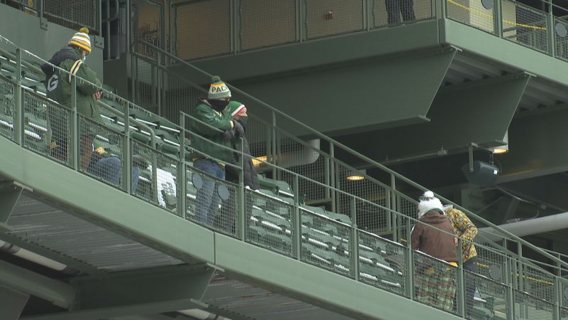 Fans at Lambeau Field watching the NFC Championship Game.