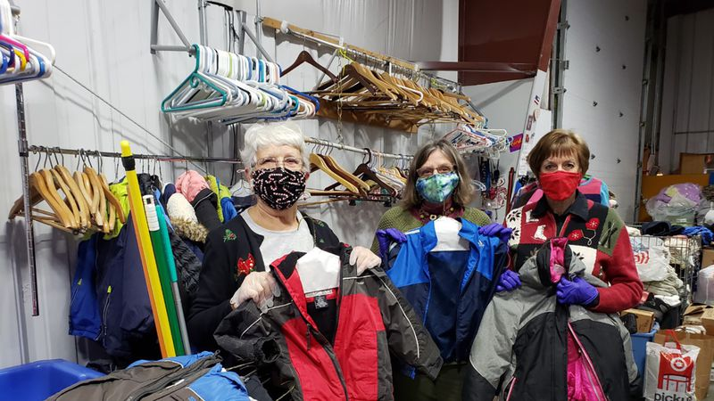 Middleton Outreach Ministry volunteers accept donations from this year's Middleton Tourism Big...