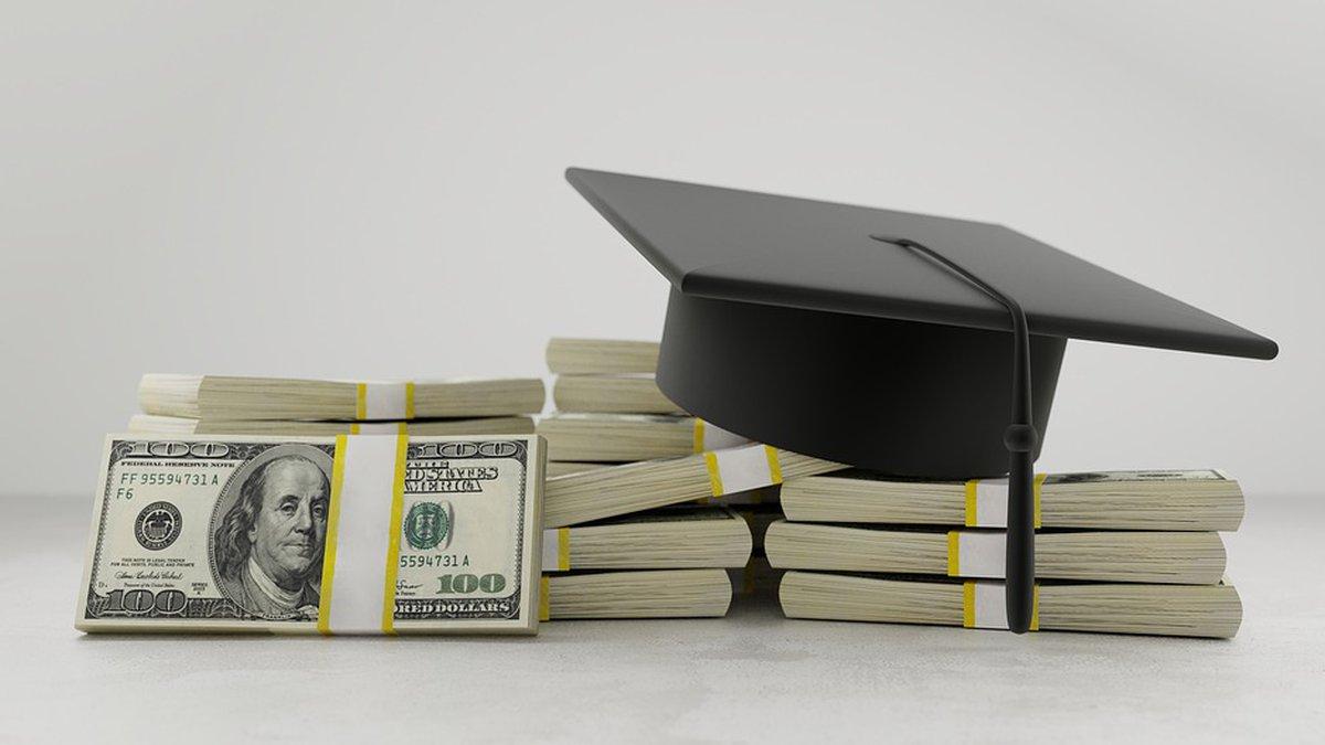 Despite some objections from teachers, a bill requiring North Carolina teachers to teach a...