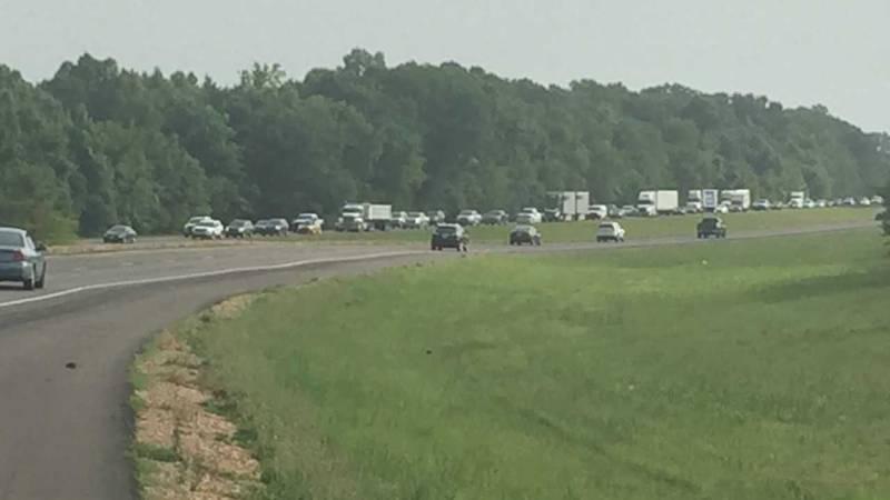 Wreck in Madison blocking traffic on I-55; Source: WLBT