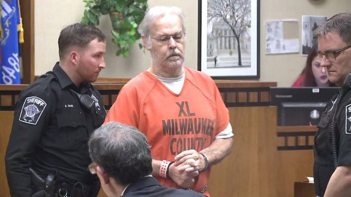 Clifton Blackwell in Milwaukee County Court (Source: FOX6)