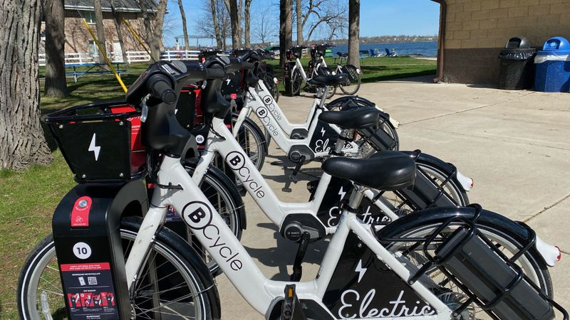 New BCycle station unveiled in Monona at Schluter Park