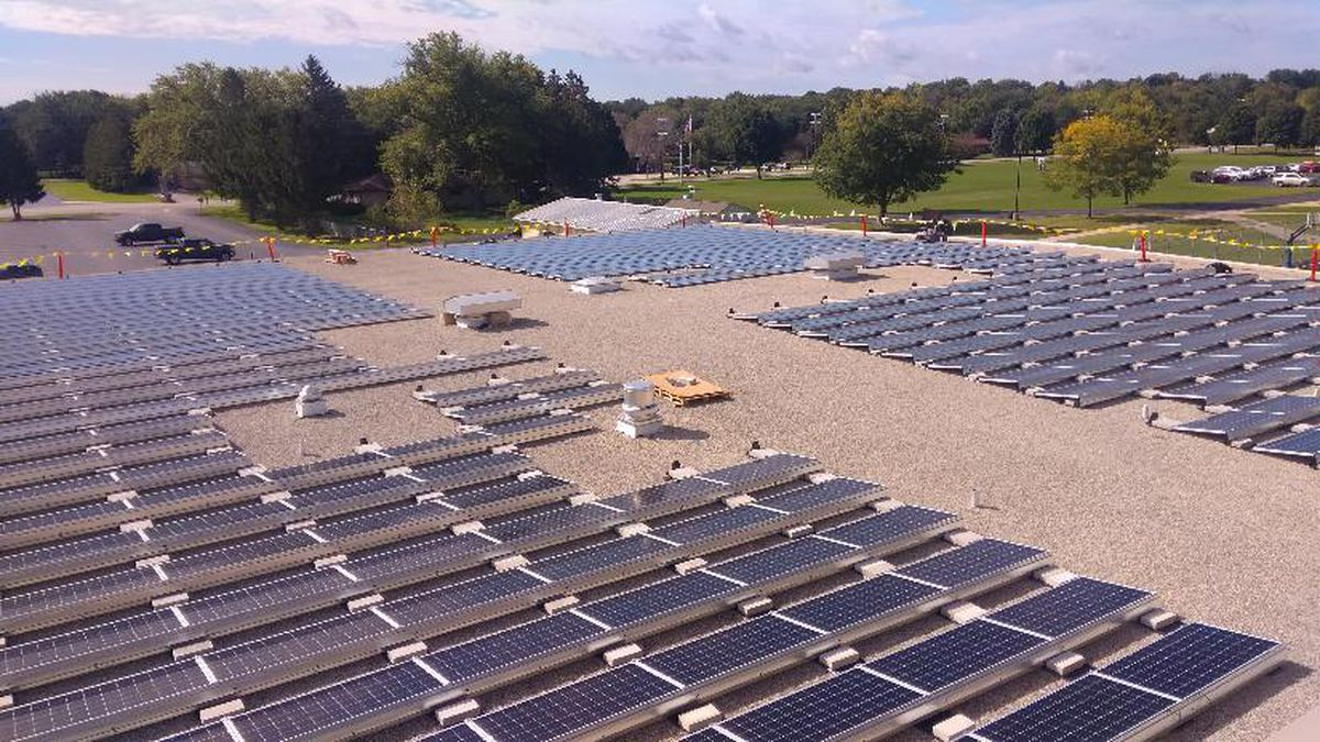 389kW PV system that went online in November 2019 in the Merton Community School District. (Source:Merton Community School District)
